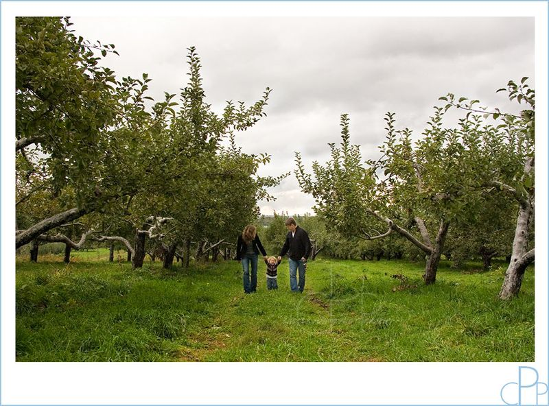 Orchard_family_photo