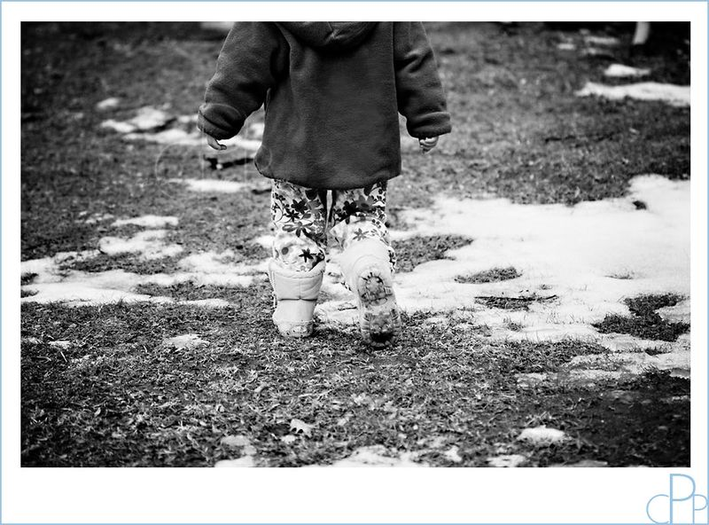 Walking_in_snow